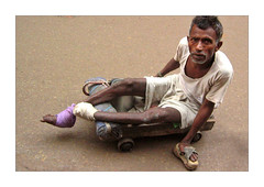 Sambu (Elishams) Tags: show city india indian holy varanasi dailylife hindu indianarchive kashi banaras benares travelstory northindia uttarpradesh