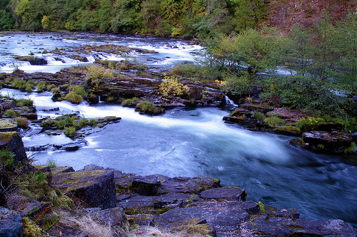North Umpqua by the Steamboat Inn by alumroot