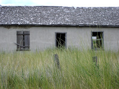 Abandoned House (Curtis Gregory Perry) Tags: door houses windows house building abandoned broken window trash buildings ventana garbage junk rust doors desert decay fenster debris neglected ruin structures rusty structure abandon forgotten vacant depressed smashed forsaken decrepit damaged distressed fentre rejected destroyed deserted decayed blight dilapidated abused obsolete crumbling bintana trashed ruined abode vindue battered okno edifice edifices venster misused  dinged  ablak  mistreated   ca s fuinneog glugga