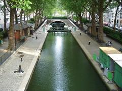 Canal Saint-Martin (Felipe Bachomo) Tags: paris france frankreich frana locks 75 francia pars  parigi canalsaintmartin 75010    paname pariz   parizo pantruche
