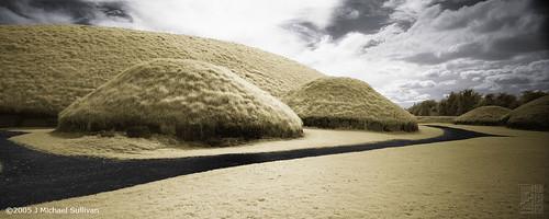 IR-land Panorama (Knowth)