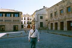 Una de las plazas renacentistas por excelencia en Baeza (rconde) Tags: baeza andalucia