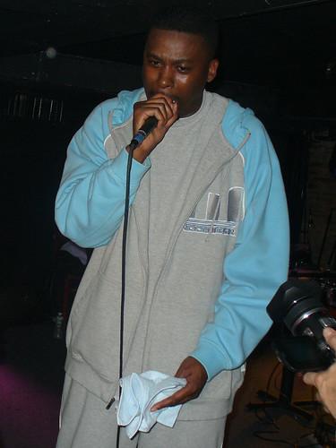 11-22-05 The Genius - GZA @ Crash Mansion (20)