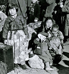 Refugees (dok1) Tags: blackandwhite refugees korea 1945
