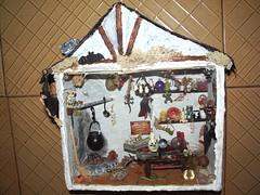 Casa de Brujas  1 (dmmalva) Tags: house halloween scale miniatures miniature casa model box handmade witch models caja spooky fantasy handcrafted miniatura dioramas magia bruja miniaturas hechoamano roombox roomboxes
