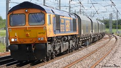 GBRf 66752 - 4F61 @ Winwick Junction (Brandon-Jones) Tags: railway coco freight freighttrain class66 emd diesellocomotive gbrailfreight westcoastmainline wcml dieseltrain ukrailway gbrf 66752 winwickjunction electromotivediesel winwickjn gbrfclass66 4f61 66752thehoosierstate 4f61ironbridgepowerstationgliverpoolbulkterminalgbrf 27june2015 gbrf66752