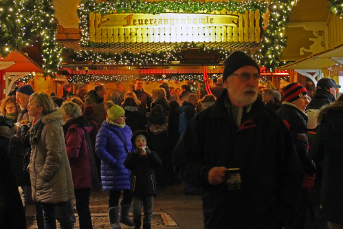 "Kieler Weihnachtsdorf (18) • <a style=""font-size:0.8em;"" href=""http://www.flickr.com/photos/69570948@N04/31577241742/"" target=""_blank"">View on Flickr</a>"