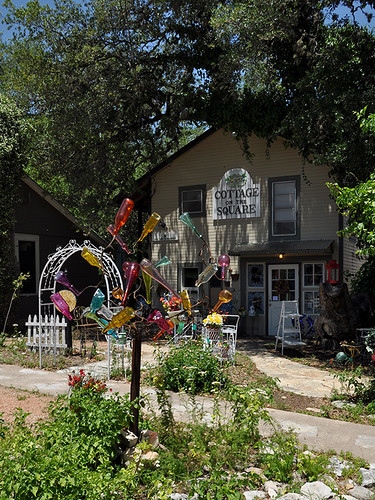 Wimberley - Cottage on the Square