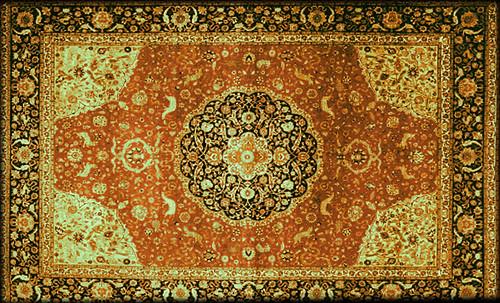 """Alfombras, espacios íntimos que simbolizan templos, árboles de la vida y el conocimiento, astros y paradisos. • <a style=""""font-size:0.8em;"""" href=""""http://www.flickr.com/photos/30735181@N00/31766541714/"""" target=""""_blank"""">View on Flickr</a>"""