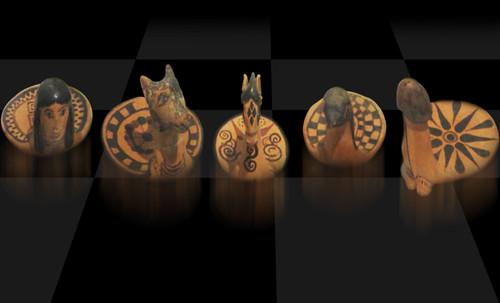 "Petteia - Ludus Latrunculorum  / Iconografía de las civilizaciones helenolatinas • <a style=""font-size:0.8em;"" href=""http://www.flickr.com/photos/30735181@N00/32522195875/"" target=""_blank"">View on Flickr</a>"