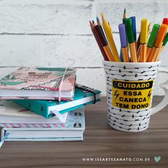 ☇Cuidado☇esses sketcbooks tem dona! 😆 (Ise Artesanato) Tags: encadernação scketchbook handmade iseartesanato bookbinding cadernopersonalizado caneca