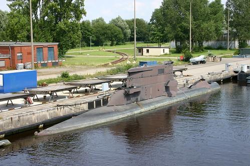 Deutsche Marine: ex U-Boot Klasse 205 FGS S 191 U 12 als Auflieger im Ausrüstungshafen