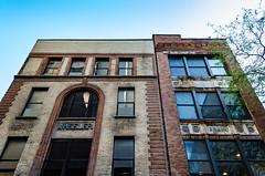 Looking Up on East Lynn Street (brianlrodgers) Tags: columbus ohio brick glass downtown lookingup wheeler braun rosette
