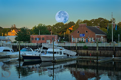Blue Moon (enhanced) this morning over Lisman Landing Marina (Singing With Light) Tags: summer moon sunrise photography fisherman 1st sony kitlens ct august milford bluemoon 2015 pointbeach mirrorless gulfbeach singingwithlight singingwithlightphotography forttrumbullbeach alpha6000 sonya6000 woodmontbach