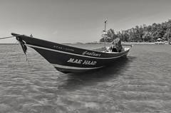 Taxi Boat (Hattifnattar) Tags: bw taxi thailand kohphangan beach maehaad pentax da15mm limited