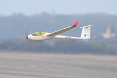 Model ASW28 Glider at Lyveden (Pegpilot) Tags: asw28 model lyveden welland gliding