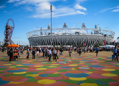 Olympic Stadium, London 2012 (Justgetdancey) Tags: queenelizabetholympicpark olympicpark olympics londonolympics london2012 2012olympics olympicstadium stadium sports colourful stratford london capital city building architecture england