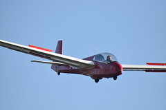 Final Approach (Pegpilot) Tags: welland gliding club brian lyveden k13