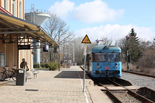 KML VT 408 im Bahnhof Klostermansfeld
