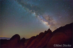 Milky Way And The Alabama Hills (Mimi Ditchie) Tags: stars astrophotography lonepine milkyway easternsierra alabamahills