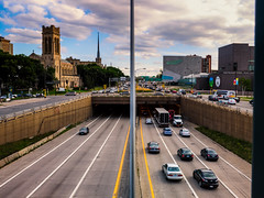 Minneapolis traffic (Jim Nix / Nomadic Pursuits) Tags: travel sunset photography highway cityscape traffic minneapolis olympus rushhour mn nomadicpursuits jimnix olympusomdem1