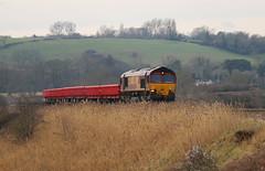 66140 General Motors / EMD Class 66 Co-Co, DB Cargo (UK), Newton Meadows, Bath, Somerset (Kev Slade Too) Tags: 66140 class66 generalmotors emd dbcargouk 615x newtonmeadows bath somerset