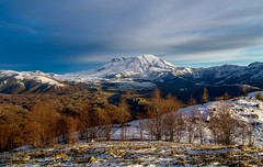 Winter Sunset on Mount St. Helens (Cole Chase Photography) Tags: mountsthelens washington pacificnorthwest canon snow volcano eos 5d mark iii