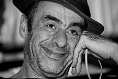 Manolo (Franco D´Albao) Tags: francodalbao dalbao nikond60 retrato portrait manolo bn bw hombre man sombrero hat sonrisa smile amigo friend humor humour