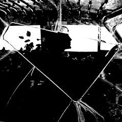 Cadillac Pluvieuse, 1936 (pom.angers) Tags: canoneos400ddigital 2008 july spain teatremuseudalí figueres catalunya españa salvadordalí dalí art surrealism 1936 cadillacpluvieuse rainytaxi 100
