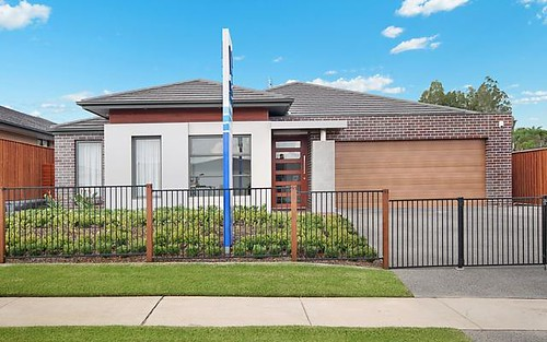 21 Grand Parade, Rutherford NSW 2320