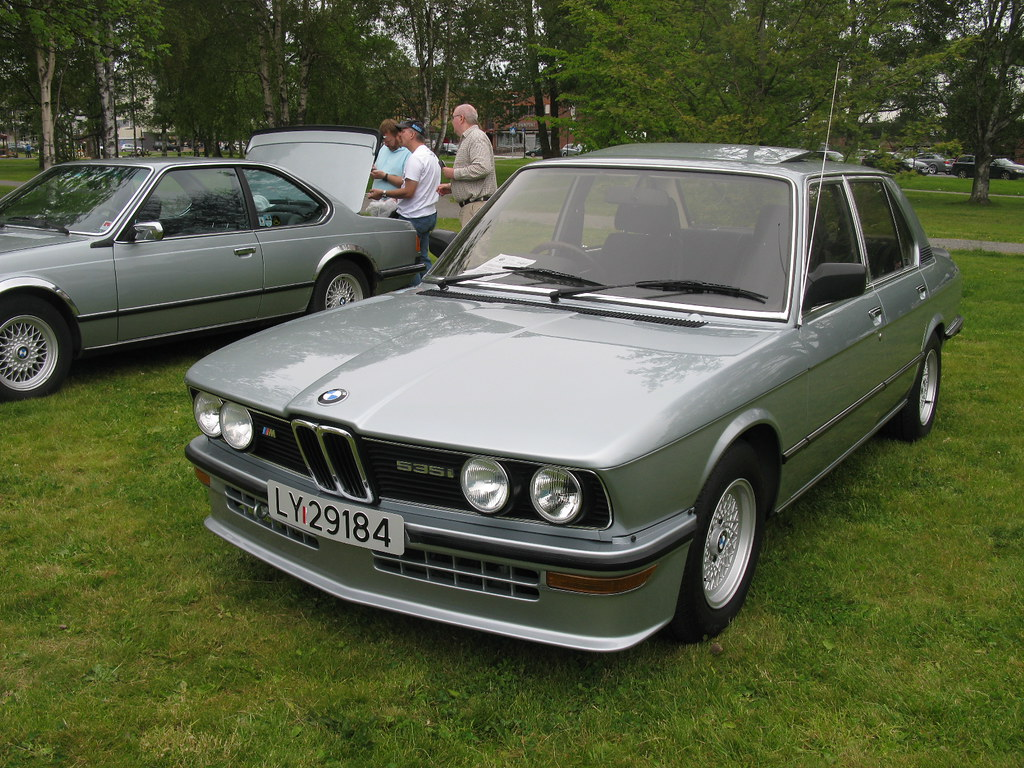 The Worlds Most Recently Posted Photos Of Cars And E12 Flickr Bmw 5 Series M535i Nakhon100 Tags 5series 5er 535i