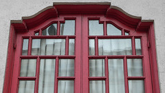 A10927 / window at the nam kue school (janeland) Tags: sanfrancisco california red window chinatown architecturaldetail symmetry sacramentostreet 94108 namkueschool pe016 july2014 2014july