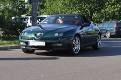 Alfa Romeo Spider 916 verde (Transaxle (alias Toprope)) Tags: auto berlin verde cars beautiful beauty car spider power ar coche soul carros alfa romeo carro motor bella autos alfaromeo powerful macchina coches styling sportscar toprope pininfarina 916 youngtimer macchine motore sportcars bellamacchina