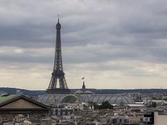 Tour Eiffel from Galeries Lafayette, Paris (IFM Photographic) Tags: paris france ex canon eiffeltower sigma os latoureiffel 9th galerieslafayette f28 dg 9me 70200mm 9e gustaveeiffel 75009 600d hsm sigma70200mm ladamedefer arondisment 9tharrondisment sigma70200mmf28exdgoshsm img8220a