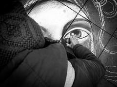 Beauty Lies in the Eye of the Beholder (Thomas Leuthard) Tags: thomasleuthard streetfotografie