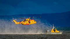 Training is a Way of Life at 442 Squadron (Roshine Photography) Tags: courtenay britishcolumbia canada ca pentaxart helicopter cormorant rcaf boat vehicle aircraft seatrials outdoor peopleatwork sar searchandrescue mist blue yellow salishsea