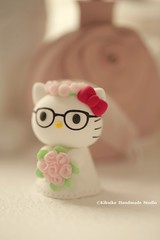 Hello Kitty and Daniel custom wedding cake topper (charles fukuyama) Tags: kitten handmadecaketopper wedding weddingcaketopper bridalbouquet bridalhair flowercrown claydoll sculpted ceremony weddingdress characterscaketopper gift kikuike catcaketopper lamariée 花嫁 novia