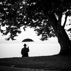 The Umbrella Man #05 (Thomas Leuthard) Tags: thomasleuthard streetfotografie