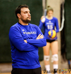 Strategy (Danny VB) Tags: volleyball carabins udem ulaval usports rseq canon 6d dannyboy winter gym university coach coaching portrait strategy