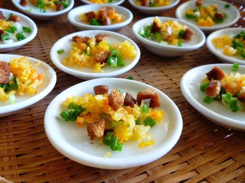 3Một trong những món ngon xứ Huế khiến du khách không thể cưỡng lại