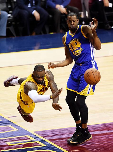 556889497CH00052_2015_NBA_F