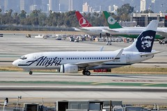 N615AS  LAX (airlines470) Tags: alaska airport msn lax airlines 737 ln 737700 472 30344 737790 n615as