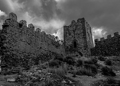 Storm ahead (Voyen_Ras) Tags: ruins explore travel sky storm ancient fort spain trip past future epic