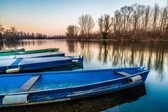 Boats on Adda River, 2017 (ElleFlorio) Tags: boats river adda lodi italy lombardy lombardia lodigiano parco sunset tramonto reflections longexposure water sky lucaflorio outdoor landscape