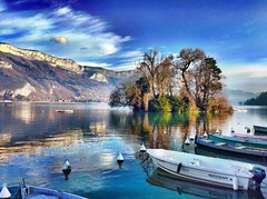 Svizzera 2017 (121) (Pier Romano) Tags: svizzera switzerland vacanza vacanze holiday holidays photo fotografie annecy francia france lago lac lake montagne mountain barche boats isola island alberi trees
