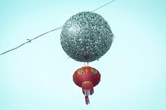 Ciel et Lampions à Belleville - Paris (Remy Carteret) Tags: paris canon 5d mkii mk2 markii france eos color colors couleur couleurs remycarteret rémycarteret canon5dmarkii canon5dmark2 canoneos5dmarkii canoneos5dmark2 5dmark2 5dmarkii mark2 canon5d belleville parisbelleville paris20e 75020 scaffolding 75020paris ruedebelleville parisruedebelleville lampion lampions lights light nouvelan nouvelanchinois lampionchinois lampionschinois nouvelanlunaire fêtedutêt chinesenewyear newyear chinese lunarnewyear feastofthetet chineselampion chineselanterns lanterne lamp chineselamp