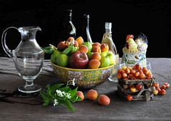 Frutteto, cantina e pollaio (Melisenda2010) Tags: stilllife estate frutta naturamorta coth fabuleuse