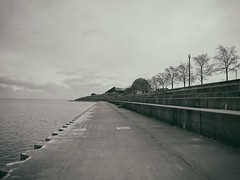 Quiet (ancientlives) Tags: chicago illinois usa travel adlerplanetarium museumcampus saturday december 2016 lake lakemichigan lakefronttrail clouds weather freezing cold walking landscape