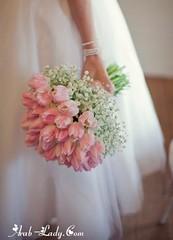 بوكيه الورد للعروس عنصر أساسي في يوم زفافها (Arab.Lady) Tags: بوكيه الورد للعروس عنصر أساسي في يوم زفافها