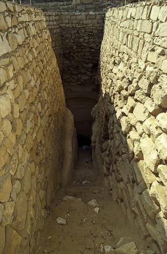"Ägypten 1999 (573) Kairo: Djoser-Pyramide, Sakkara • <a style=""font-size:0.8em;"" href=""http://www.flickr.com/photos/69570948@N04/31543405510/"" target=""_blank"">Auf Flickr ansehen</a>"